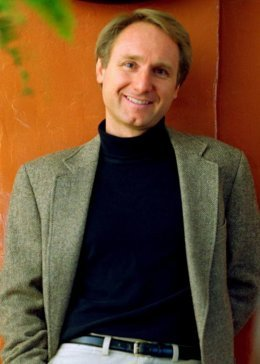 Dan Brown promet une tournée en Europe !