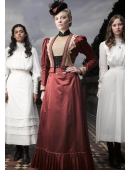 Picnic at Hanging Rock sur Canal +